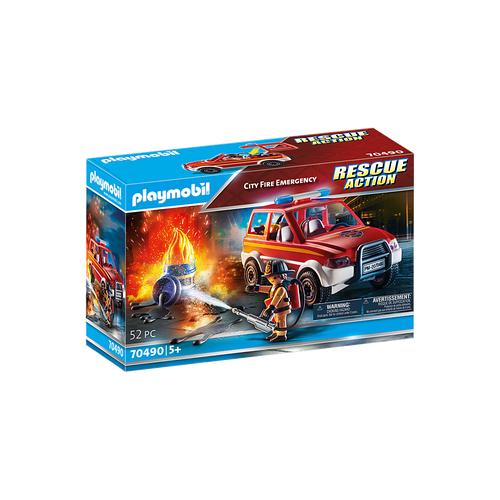 Pompier et voiturette d'intervention